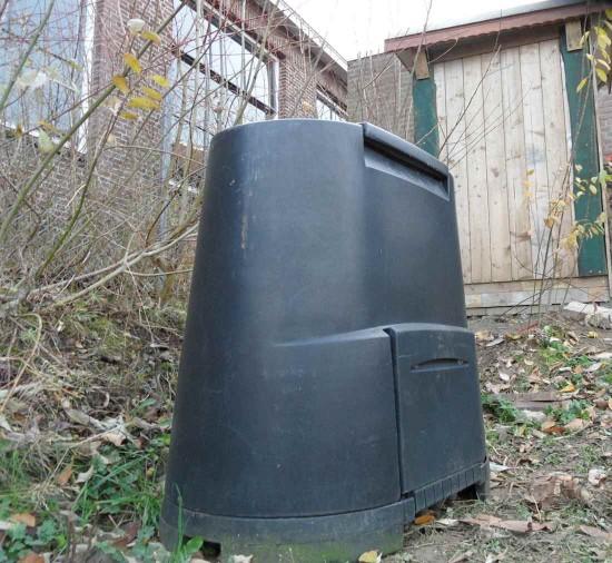 75. compostbak